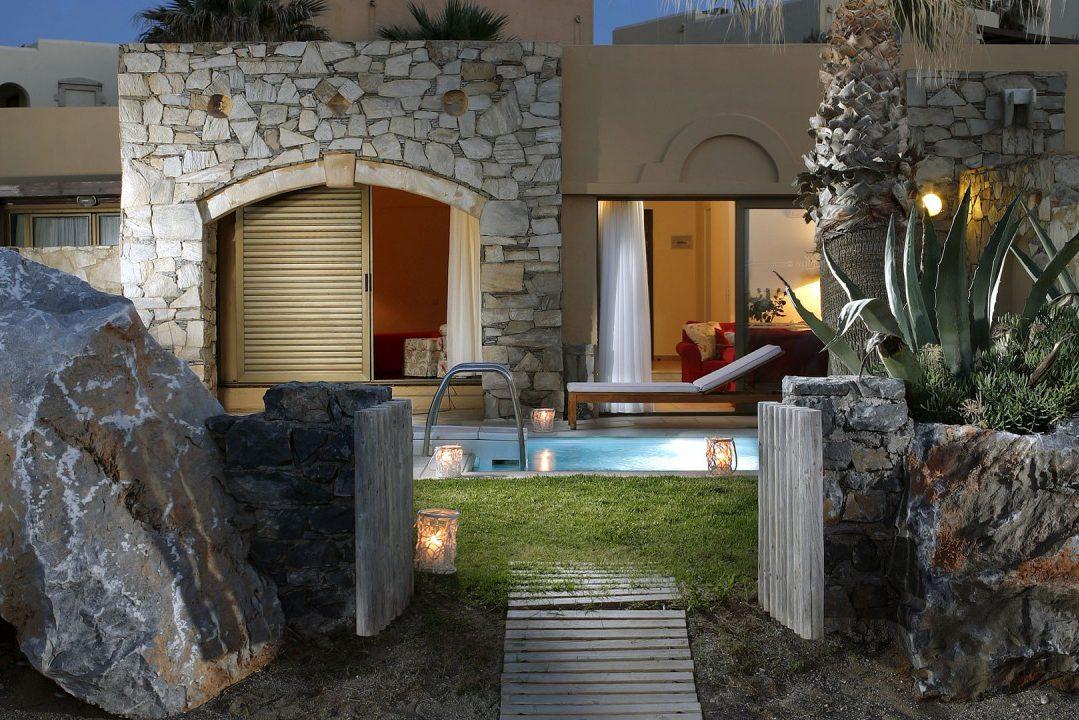 Rithymna Beach Hotel in Crete