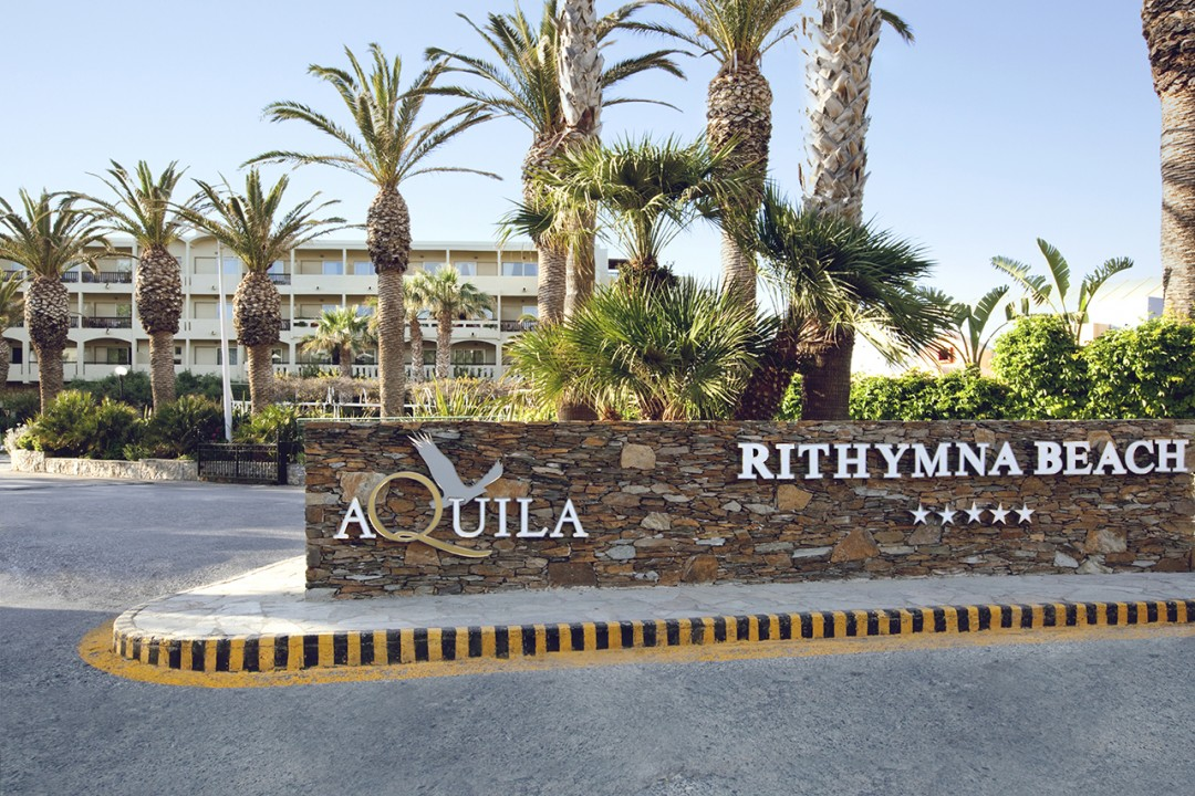 AQUILA-RITHYMNA-BEACH—-FRONT-VIEW