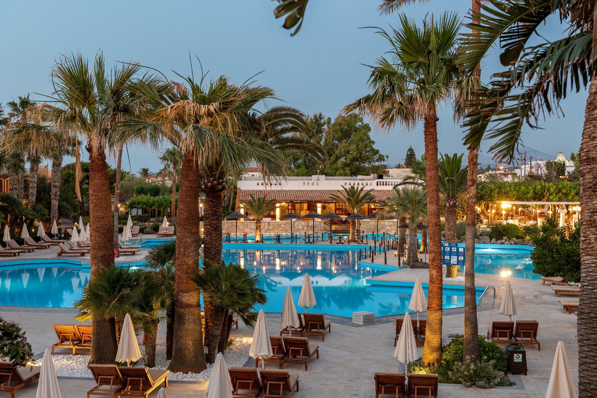 hotel in Crete Rithymna Beach